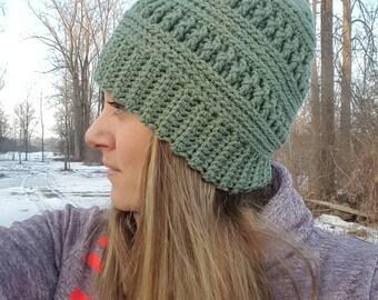Mountain Ridges Hat with optional faux fur trim