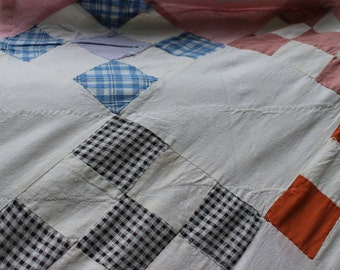 Vintage 9 Patch Square Lightweight Blanket Throw No Batting Summer Weight Quilt Cotton Feedsack 9 Square Antique Preppy