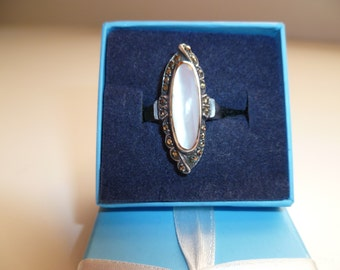 Mother of Pearl Ring set in .925 Sterling