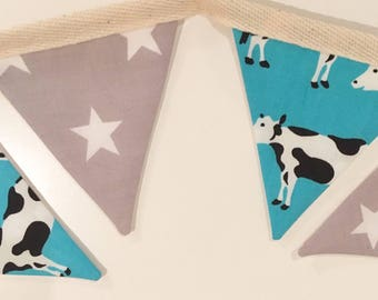 Cows and stars mini bunting