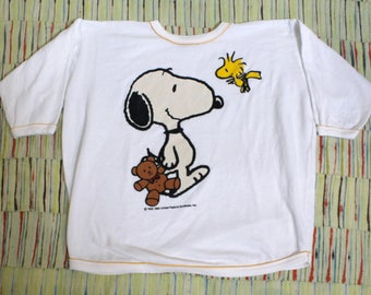 Vintage 80's Snoopy and Woodstock Peanuts, 3/4 sleeve sweatshirt, Size
