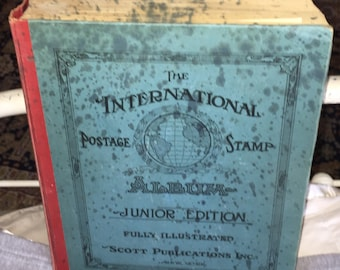 SALE Scott 1943 INTERNATIONAL Postage STAMP Album Junior Edition with Worldwide Stamps including U.S.A. Stamps