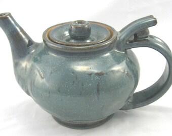 26 Oz Teapot with Crystalline Glaze