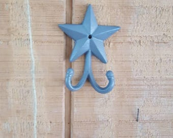 Star double hook, cast iron star, coat hook, rustic hook, cabin decor, farmhouse decor, entryway decor, towel hook, towel hook, cabin hook