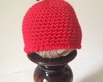 Apple baby beanie, red apple baby hat, crocheted apple beanie, fall baby hat, baby gift, baby shower gift, photo prop