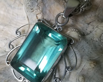 """Sterling Silver Pendant with Large Watery Green Stone on 18"""" Sterling Silver Necklace (st - 2268)"""