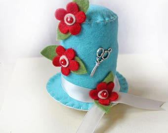Sewing Collectible Felt Pincushion, Turquoise Hat Pin Cushion with Red and White Felt Flowers, Useful Sewing Tool