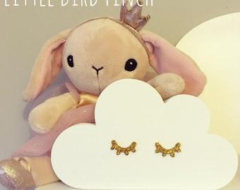 Freestanding Wooden Sleepy Cloud Shelf Decoration