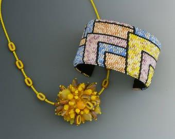 Frange perle et bracelet ensemble.