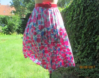 Pleated Skirt / Pleated Skirts / Accordion Skirt / Floral / Pink / Blue; White / Green / Size EUR44 / 46 / UK16 / 18 / Elastic Waist