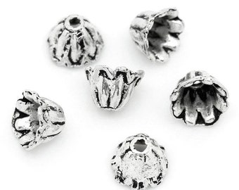 100 Antique Silver Alloy Flower Bead Caps  (B131a)