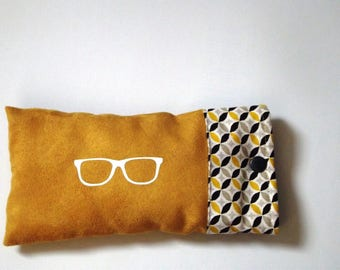 Glasses suede fabric and mustard geometric cotton