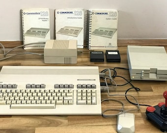 Reserved->  COMMODORE 128 vintage set