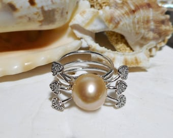 14K Peach Pearl Ring with Diamonds White Gold 4.30g Size 6.5