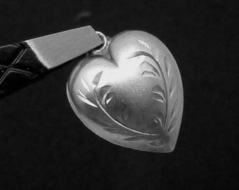 Antique Victorian Sterling Silver Puffy Heart Charm Pendant 23372