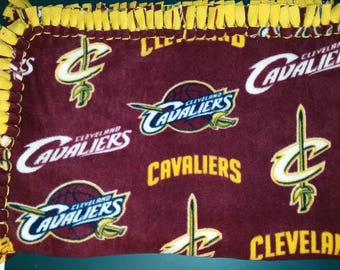Cleveland Cavaliers Fleece Blankets with Gold Back