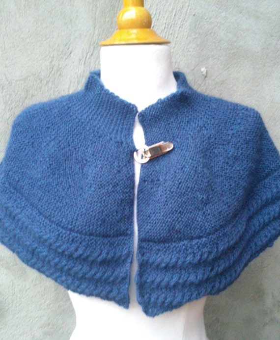KNITTING PATTERN Cabled cape knit capelet pattern cape