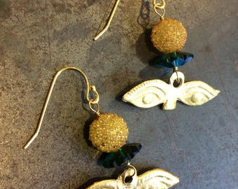 Eye Milagro Earrings with Green Crystal Flowers and Gold Vermeil