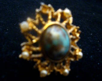 Vintage Sarah Coventry Turquoise and Pearl Gold Ring SZ 6, Vintage Faux Turquoise and Pearl Gold Ring, Vintage  Sarah C Turquoise Gold Ring