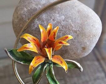 Vintage metal Enamel orange brooch flower