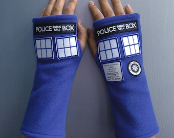 Inspired Doctor Who, Tardis Fleece Mittens