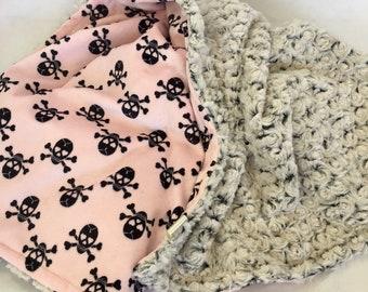 Skulls Baby Blanket, Pink Skull Stroller Minky Blanket, Rosebud Minky Baby Girl Skulls Crib Bedding, Minky Baby Blanket, Girl Pirate Bedding