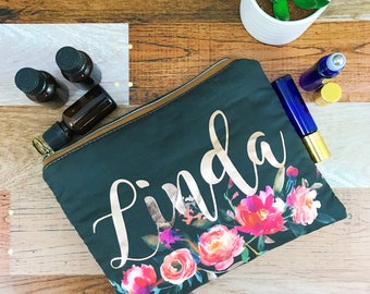 Essential Oil Bag Personalized Essential Oil Bag Monogramed Essential Oil Essential Oil Travel Bag Essential Oil Gifts Holds 8 bottles
