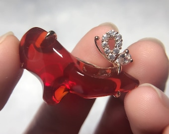 Butterfly on crystal dream -Mexican fire opal and sapphire 18k gold brooch