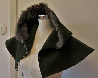 Medieval hood in wool and fur