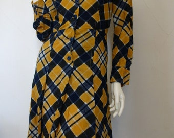 Vintage Mod 1960s 1970s MIRUM Gold Navy Wool Plaid Pleated Dress XS or S