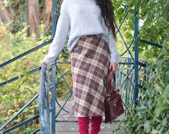 70s vintage woolen skirt - high waisted