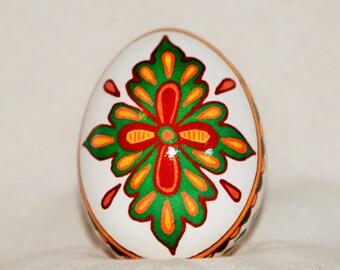 Pysanky egg, Ukrainian Easter Egg, pisanki, Batik egg.  Mehndi inspired design.  Chicken egg, Easter egg. Made in USA