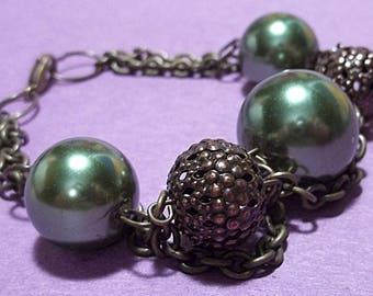 Green Glass Pearl Chain Bracelet