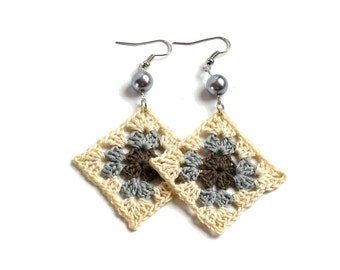 Crochet square earrings long hippie earrings boho statement earrings granny square crochet dangle earrings festival bohemian jewelry beaded