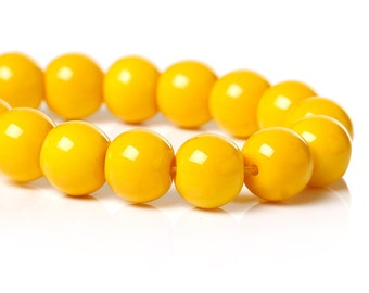 40 Yellow Glass Beads, 8mm, Jewelry supplies