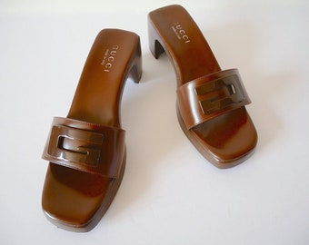 Vintage GUCCI Shoes.  Wood and Leather Sandals.  Italian designer slip ons size 6.5B