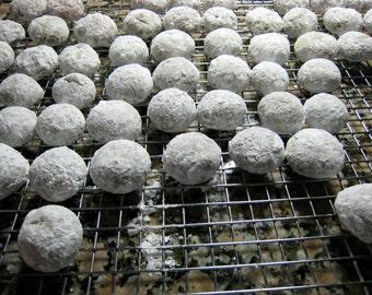 Russian Tea Cake Cookies, Mexican Wedding Cookies, Baked Goods, Homemade, Nuts, Edible Gift, Snowballs, Sugar, Cookie Exchange, 2 DOZEN