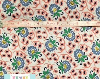 LAST 3/4 YARD, Flowers with Swirls Fabric