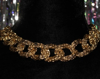 90's Gold Link Chain Necklace  *Excellent Condition