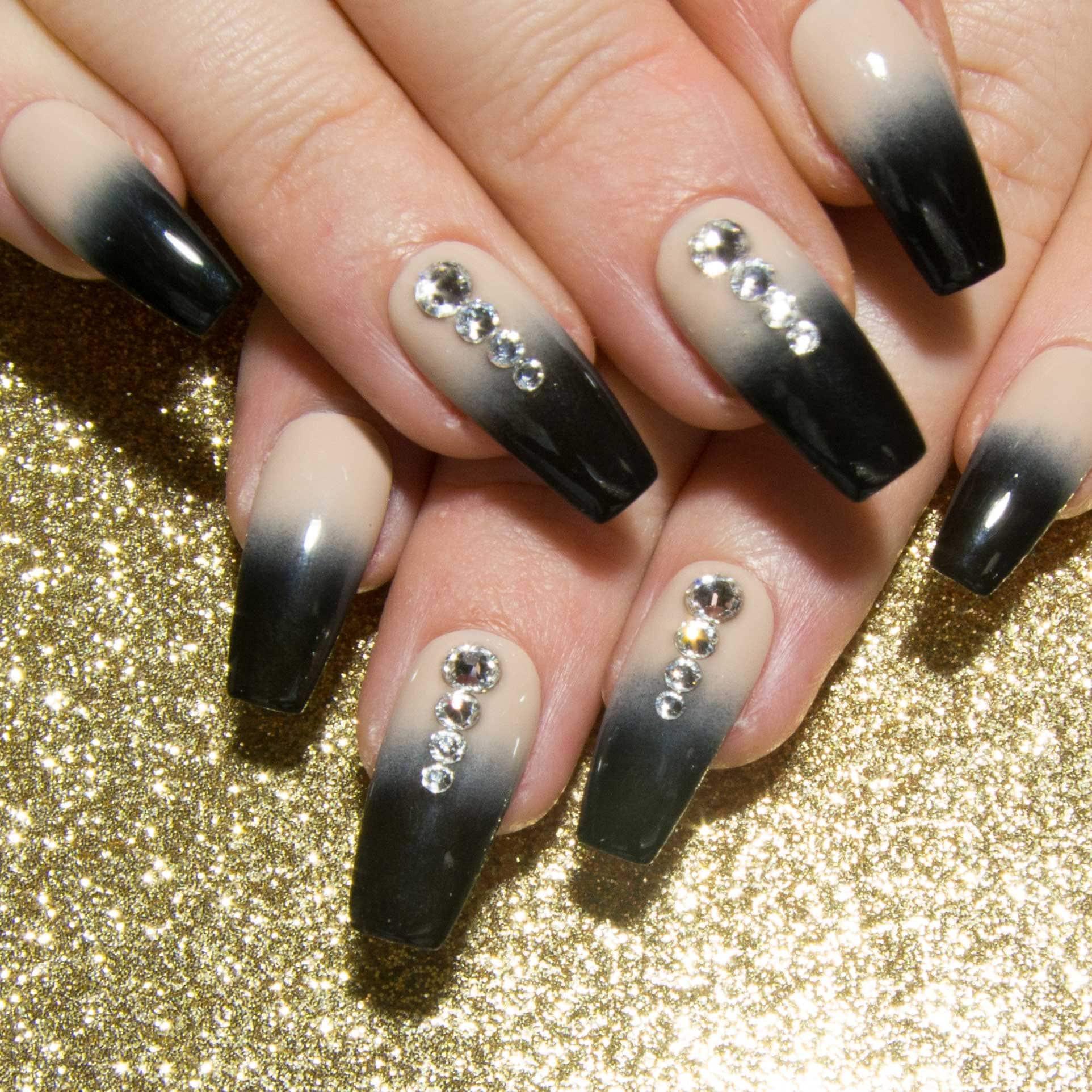 Sarg Acryl-Nägel Ombre Presse auf Nägel schwarz und