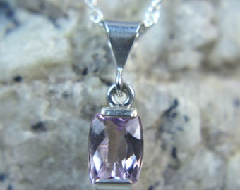 Genuine Lilac-to-Pink Kunzite 1.52 carats, .925 Sterling Silver Necklace! Free USA Shipping!