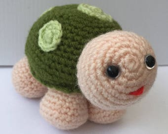 One Green Tortoise - Amigurumi Crochet