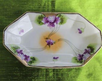 Nippon Violets Dish