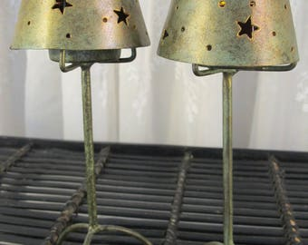 Vintage 90's pair of gold tone metal shade star pierced  tea lights