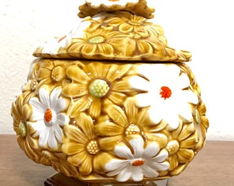 Vintage Daisy Canister / Fred Roberts Co. Daisy Canister