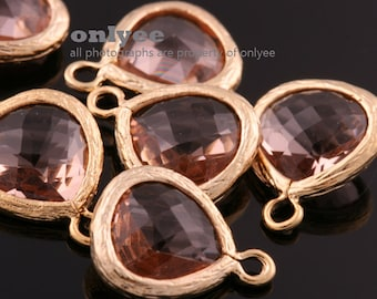2pcs-11mmX14mmSmall Gold plated Brass Faceted Triangle Framed glass pendants-Peach(M312G-F)
