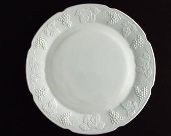 Vintage White Milk Glass Cake Plate, Platter.  Indiana Colony Harvest Grape.