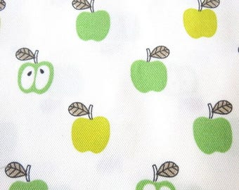 Fabric coated thick pattern Apple on white 290 x 50 cm