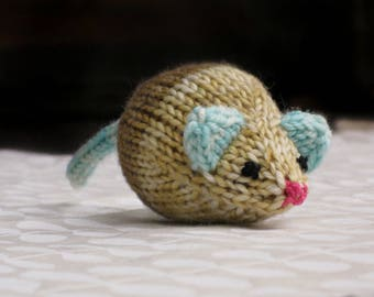 Hand-knit Jingle Bell Mouse in Sand and Sea #3
