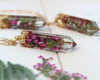 Pressed Flower Jewelry, Real Heather Jewelry, Crystal Resin Pendant, Crystal Point, Terrarium Jewelry, Plants in resin, Lucky Jewlery